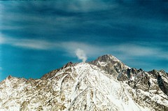 (Tamar Burduli) Tags: tamarburduli 35mm nature landscape film analog mountains mountainscape sky skyscape skyporn clouds cloudporn winter snow travel kazbegi georgia caucasus zenit fuji fujifilm cliffs