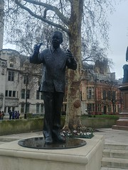 Nelson Mandela, President of South Africa 1994–1999, Ian Walters (Sculptor), Parliament Square, City of Westminster, London (f1jherbert) Tags: lgg6 lgelectronicslgh870 lgelectronics lg g6 lgh870 electronics h870 londonengland londonuk londongb londongreatbritain londonunitedkingdom london england uk gb united kingdom great britain greatbritain unitedkingdom