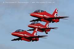 8763 Enid Takeoff R1 R2 R4 (photozone72) Tags: raf rafat redarrows reds redwhiteblue hawk scampton lincolnshire aviation aircraft jets canon canon7dmk2 canon100400f4556lii 7dmk2