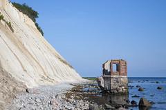 Kap Arkona 12118 (rg-foto1) Tags: kaparkona arkona ostsee rügen kreide kreidefelsen wittow putgarten königstreppe steilküste küste sand wasser salzwasser ruine welle wellen himmel strand steine
