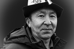 I hope you like my hat (Ramireziblog) Tags: kirgizië tourist hat netherlands hoedje onbekend man portrait portret canon 6d street