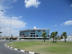 Modern commercial building, traffic circle on Eleftherias Avenue, Larnaca, Cyprus (Paul McClure DC) Tags: larnaca larnaka cyprus mediterranean may2018 architecture modern aradippou