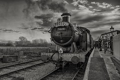 Christmas is arriving (Evoljo) Tags: swindonandcrickladerailway train steam railway track station sky clouds blackwhite nikon d500