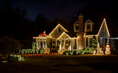 Christmas Is Almost Here! (donnieking1811) Tags: tennessee cookeville christmas christmaslights lights snowman santaclause chimneyshdrcanon60dlightroomphotomatix pro 2018