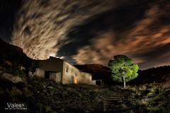 times of ruins, times of the past (Valero-Xixona) Tags: luzenlaoscuridad largaexpoxicion valero jijona ruinas casa cielo