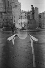 56120002 (Philipp Lillo) Tags: 35mm 35mmfilm filmphotografy streetphotografy analogphoto filmisnotdead film ilford ilfordpan400