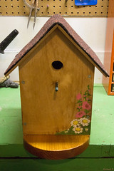 Nichoir d'oiseaux - Birdhouse, Canada - 8458 (rivai56) Tags: nichoirdoiseaux canada birdhouse house bird nichoir doiseaux birds craft