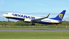 EI-DHG (AnDyMHoLdEn) Tags: ryanair 737 egcc airport manchester manchesterairport 23l