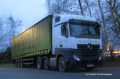 Kerfoot Group YC67 NWS at Welshpool (Joshhowells27) Tags: lorry truck mercedes mercedesbenz actros mercedesbenzactros mercedesactros yc67nws northallerton curtainsider kerfootgroup kerfoot avril