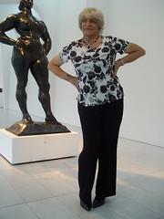 Let's face It, I Do Not Match Up (Laurette Victoria) Tags: statue woman laurette pants blonde milwaukeeartmuseum