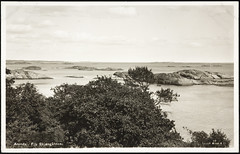 Postkort fra Agder (Avtrykket) Tags: fyrtårn hav holme postkort sjø svaberg arendal austagder norway nor