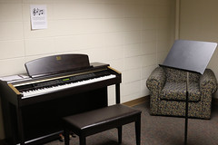 Bigelow Music Room (UWW University Housing) Tags: uww uwwhousing uwwhitewater uwwuniversityhousing residence residencehalls residencehall bigelowhall bigelow commonarea 2018 fall2018