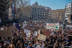 2019_03_15_FridayForFuture Barcelona_Joanna_06 (Fotomovimiento) Tags: barcelon catalunya catalonia cataluña fotomovimiento huelgageneral huelgadeestudiantes strike climatechange climatestrike fridaysforfuture 15m