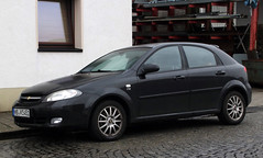 Lacetti (Schwanzus_Longus) Tags: bremen hohentorshafen german germany south korea korean modern car vehicle hatchback chevy chevrolet daewoo lacetti