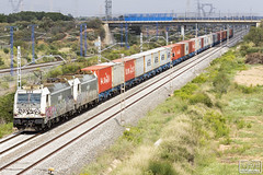 253-042 + 253-040 (Escursso) Tags: 253 253040 253042 bellvei bombardier mercancias renfe tarragona traxx railway train tren