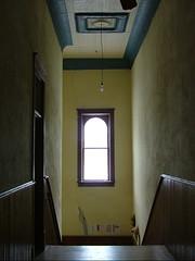 Vintage Interior (jHc__johart) Tags: stairwell hall ceiling lightfixture window wall kansas