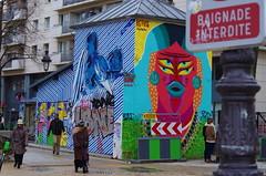 49 Paris décembre 2018 - au bout du Bassin de La Villette (paspog) Tags: paris france bassindelavillette décembre december dezember 2018 sreetart graffitis tags mural murals fresque fresques