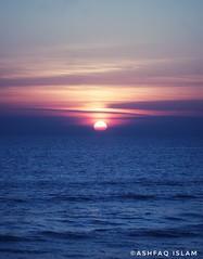 Sunset Over Bay of Bengal (Xshfaq) Tags: sunset bayofbengal nature landscape ashfaqislam sky beachphotography twilight coxsbazar bangladesh canon rebelt2i sea naturalbeauty