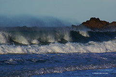3KA09741a_C (Kernowfile) Tags: cornwall stives porthmeorbeach breakingwave waves sea spray spindrift foam beach rocks cliffs pentax pentaxforums