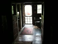Eadon Lodge (CC Benison) Tags: ccbenison gimli paulisdead crimenovel cottage