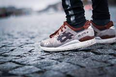 Asics in Paris (Don Loucas) Tags: shoes chaussures swag style fashion asics paris lifestyle trendy details sneakers 18