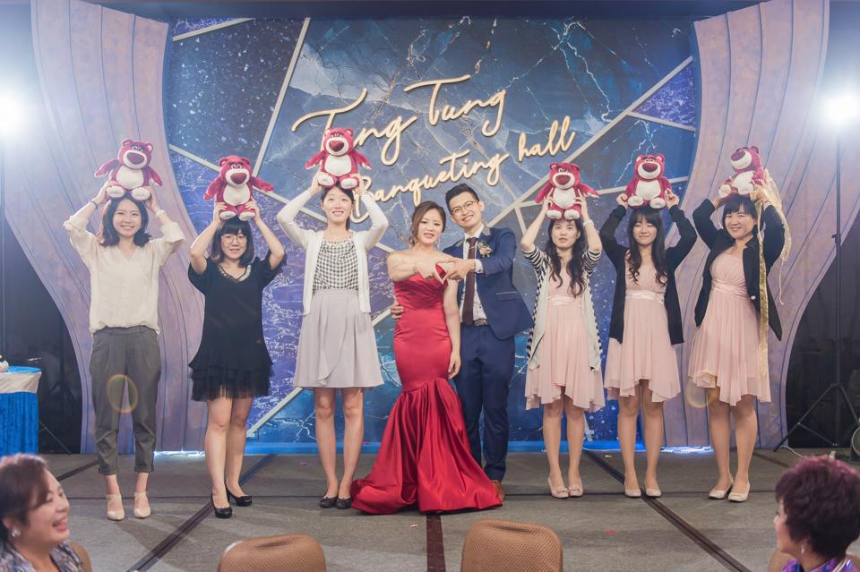 台南東東宴會式場 婚宴 走在幸福的紅毯上 R & B 152