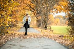 Autumn Vibes (Fotasca) Tags: portrait porträt herbst autumn leafs laub blätter colorful colors dof sonya7r canon13520