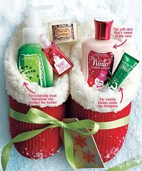 Basket Gifts : Good idea for Christmas (hint hint!!) Stocking stuffer?! Slippers (I LOVE THESE!… (giftsmaps.com) Tags: gifts
