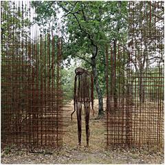pievasciata 14 (beauty of all things) Tags: italien toskana pievasciata skulpturenpark skulpturen sculptures quadratisch
