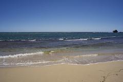 Peron Beach (Stueyman) Tags: sony a7 a7ii zeiss batis batis225 25mm sky blue sea indianocean wa westernaustralia au australia capeperon beach sand water