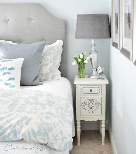 Furniture  - Bedrooms : Blue & White Bedroom/ Step by Step Painted Nightstand