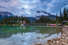 Emerald Lake at sunset D85_4956.jpg (Mobile Lynn) Tags: landscape tree forest reflection water lowcloud lake longexposure snow mountain landscapephotography outdoorphotography columbiashuswapa britishcolumbia canada ca