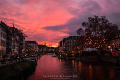 Strasbourg at Sunset II ❄🌄 (Alexandre & Chloé Bès - Waitandshoot Photography) Tags: strasbourg christmas 2018 new year sapin tree kammerzell le gruber cathedrale notre dame sunset sun colours canon winter alsace france europe street night