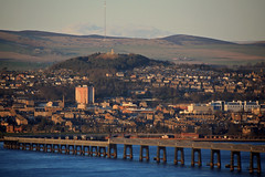 The Tay Rail Bridge, Dundee and Law Hill from Fife (Troonafish) Tags: landscape landscapes landscapephotography scotland scottish scottishlandscape scottishscenery scottishcountryside scenery countryside thegreatoutdoors outdoors canon canon5d2 canon5dii canon5dmark2 canon5dmarkii 5d2 5dii 5dmark2 5dmarkii bigma sigma sigma50500mm 50500mm gavintroon gavtroon 2018 view bestview vista panorama dundee fundee tayrailbridge tayrailwaybridge bridge railbridge railwaybridge railway railways rivertay therivertay thetay tay tayside city cityscape urbanscape urban sidlawhills sidlaws hill hills hillside dundeelaw lawhill thelawhill river sea