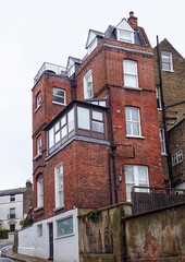 Top of Willow Road (marc.barrot) Tags: street architecture building façade uk nw3 london hampstead willowroad