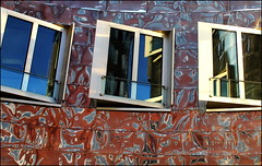 Gehrys windows (Logris) Tags: gehry architektur architecture dusseldorf düsseldorf window windows spiegelung reflection bunt farbig abstakt abstract colors