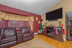 D75_5755 (njhomepictures) Tags: 08846 85louisave century21goldenpostrealty middlesex middlesexcounty nj njhomes njrealestate njrealestatephotographer njrealestatephotography parealestate photographybystephenharris rivertownphotography somersetcounty shirlee colanduoni
