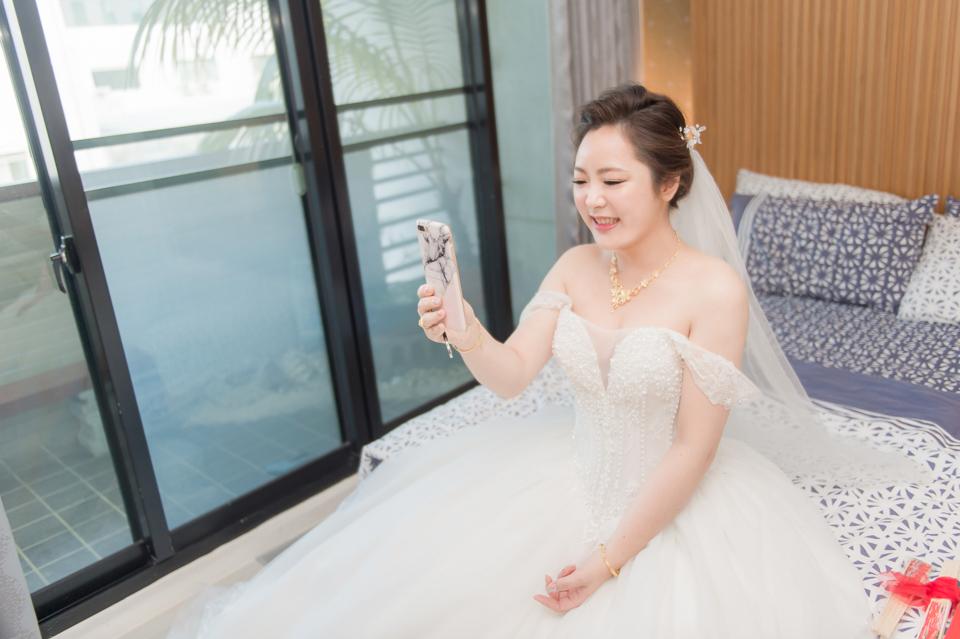 台南東東宴會式場 婚宴 走在幸福的紅毯上 R & B 041