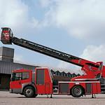 Turntable Fire Engineの写真