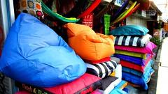Anglų lietuvių žodynas. Žodis cushier reiškia <li>Cushier</li> lietuviškai.