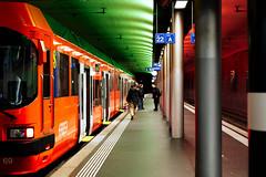 RBS Station in Bern (Bephep2010) Tags: 2018 35mmf14dghsmart 7markiii alpha bahnhof bern herbst ilce7m3 rbs schweiz sigma sony station switzerland zug autumn fall green grün red rot train ⍺7iii