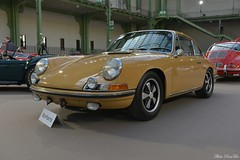 1967 Porsche 911 S 2 litres (pontfire) Tags: 1967 porsche 911 s 2 litres empattement court 67 swb legend sports bonhams les grandes marques du monde au grand palais 1793 voiture voitures cars auto autos automobile automobili automobiles coche coches carro carros wagen pontfire légende car bil αυτοκίνητο 車 автомобиль sportwagen sportive allemande german deutsches classique ancienne vieille collection classic old antique vieux tacots oldtimer ferry ferdinand jantes fuchs
