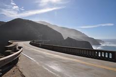 Bixby Creek Bridge (yuki_alm_misa) Tags: カリフォルニア ビクスビークリーク橋 bixbybridge bixbycreekbridge california stateroute1 bixbycanyonbridge bigsur openspandrelarchbridge californiastateroute1 sr1 catlerockviewpoint