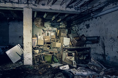 Abandoned Textile Factory (EvilProphet) Tags: urbex abandoned factory darkness textile
