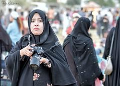 Qatar Snapshot ... (Bijanfotografy) Tags: fuji fujifilm fujixt2 fujifilmxf56mm12r xtrans people street streetphotography doha dohaqatar qatar qatarstreets aspireparkqatar aspirepark aspirezoneareaqatar middleeast arabiangulf candid