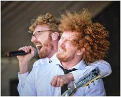 Twist and Shout! (gro57074@bigpond.net.au) Tags: redhair colour 70200mmf28 nikor d850 nikon liveband live music musicians livemusic newtown 40thanniversary 2018 newtownfestival furnaceandthefundamentals