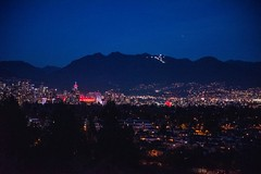 20181111_0177_1 (Bruce McPherson) Tags: brucemcphersonphotography nightphotography lowlightphotography queenelizabethpark vancouver bc canada