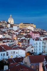 Miradouro de Santa Luzia, Lisboa, Portugal (www.fromentinjulien.com) Tags: fromus75 fromus fromentinjulien fromentin flickr view exposure shot hdr dri manual blending digital raw photography photo art photoshop lightroom photomatix french francais light traitements effets effects world europe lisboa lisbon lisbonne capitale capital ville city town città cuida colocación monument history 2018 photographe photographer eos canon fullframe full frame ff 2470mm 2470 canonef2470mmf28l canon2470mf28 urban travel architecture cityscape 6dr bluehour twilight miradouro santaluzia