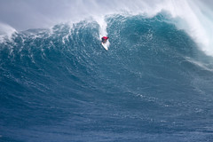 KoaRothmanBarrel1JawsChallenge2018Lynton (Aaron Lynton) Tags: jaws peahi xxl wsl bigwave bigwaves bigwavesurfing surf surfing maui hawaii canon lyntonproductions lynton kailenny albeelayer shanedorian trevorcarlson trevorsvencarlson tylerlarronde challenge jawschallenge peahichallenge ocean