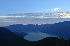 Sunset In The Mountains - 4 (Average Photographer 1992) Tags: landscapephotography landscapes landscape nikon nikonphotography nikonphotographer nikonuser nikonphoto nikond7200 nature naturephotography mountain mountains squamish seatoskygondola britishcolumbia britishcolumbiacanada canada tree trees august august2018 earth mountainrange mountainranges mountainscape scapes summer summer2018 vacation photography thechief skypilot sunset sunsets sunsetphotography